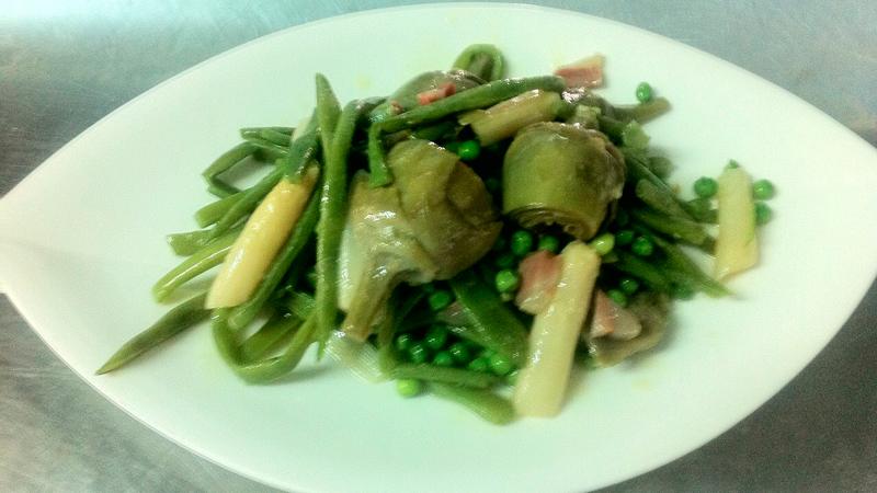 Receta de la menestra de verduras con Jamón Ibérico y aceite de oliva